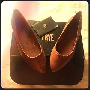 Frye Regina ballet 9.5M
